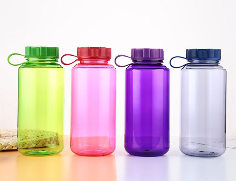 32oz Sport Water Bottle with Handle
